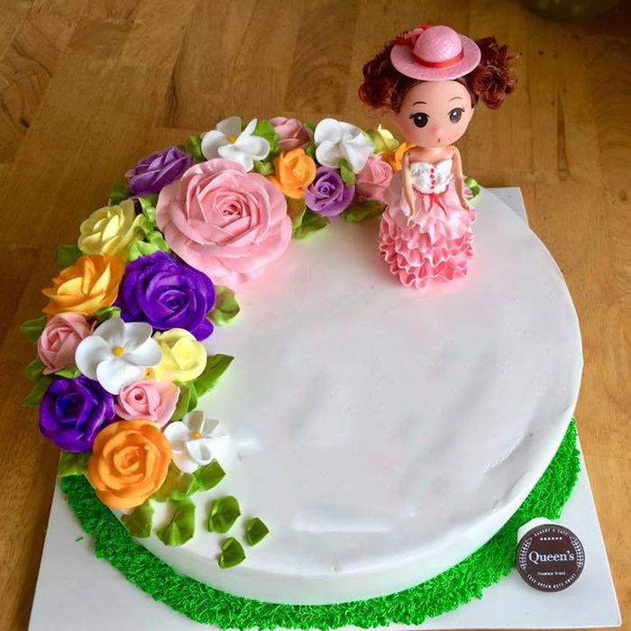 Bánh kem công chúa cho bé gái