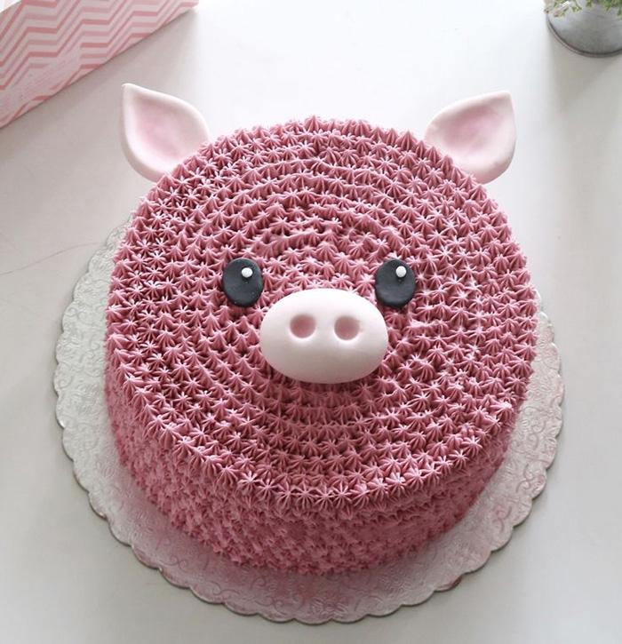 Bánh kem sinh nhật tuổi hợi - bánh sinh nhật hình lợn con xinh xắn