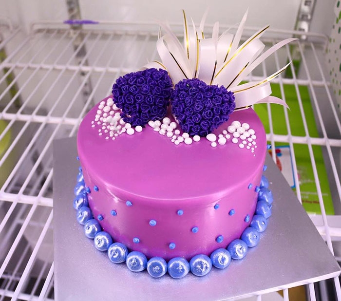 Bánh kem Valentine làm ai cũng hạnh phúc