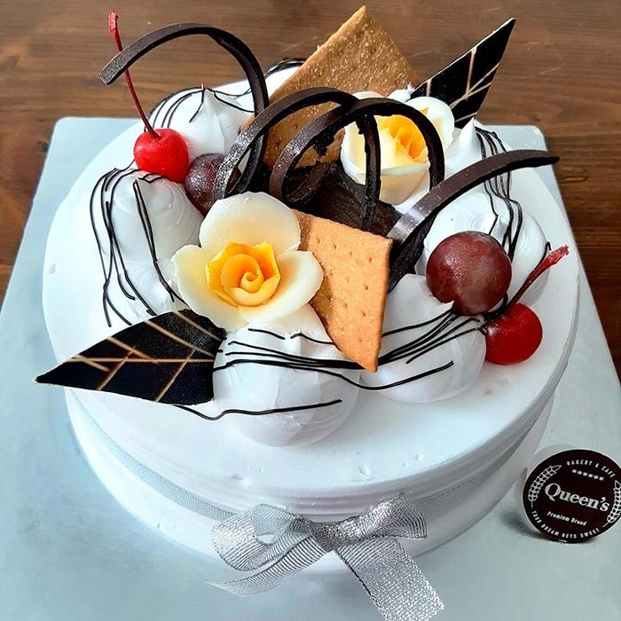 Những mẫu bánh kem đáng yêu tha hồ cho bạn lựa chọn