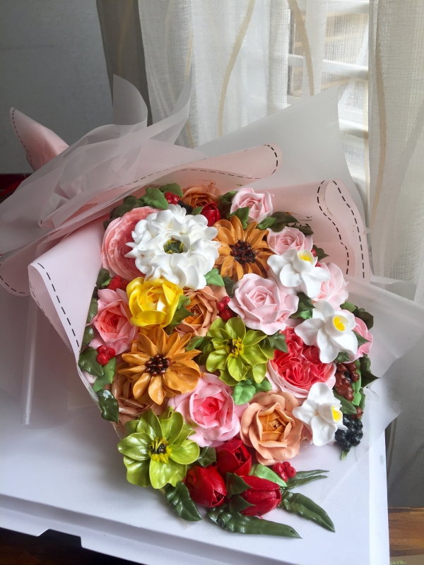 Bánh kem bó hoa mã 668