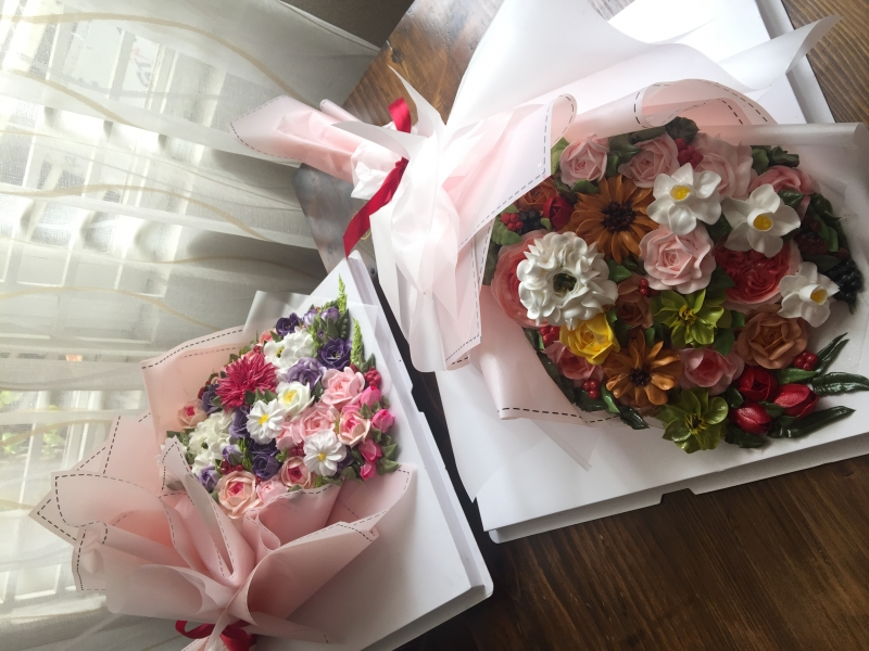 Bánh kem bó hoa mã 658