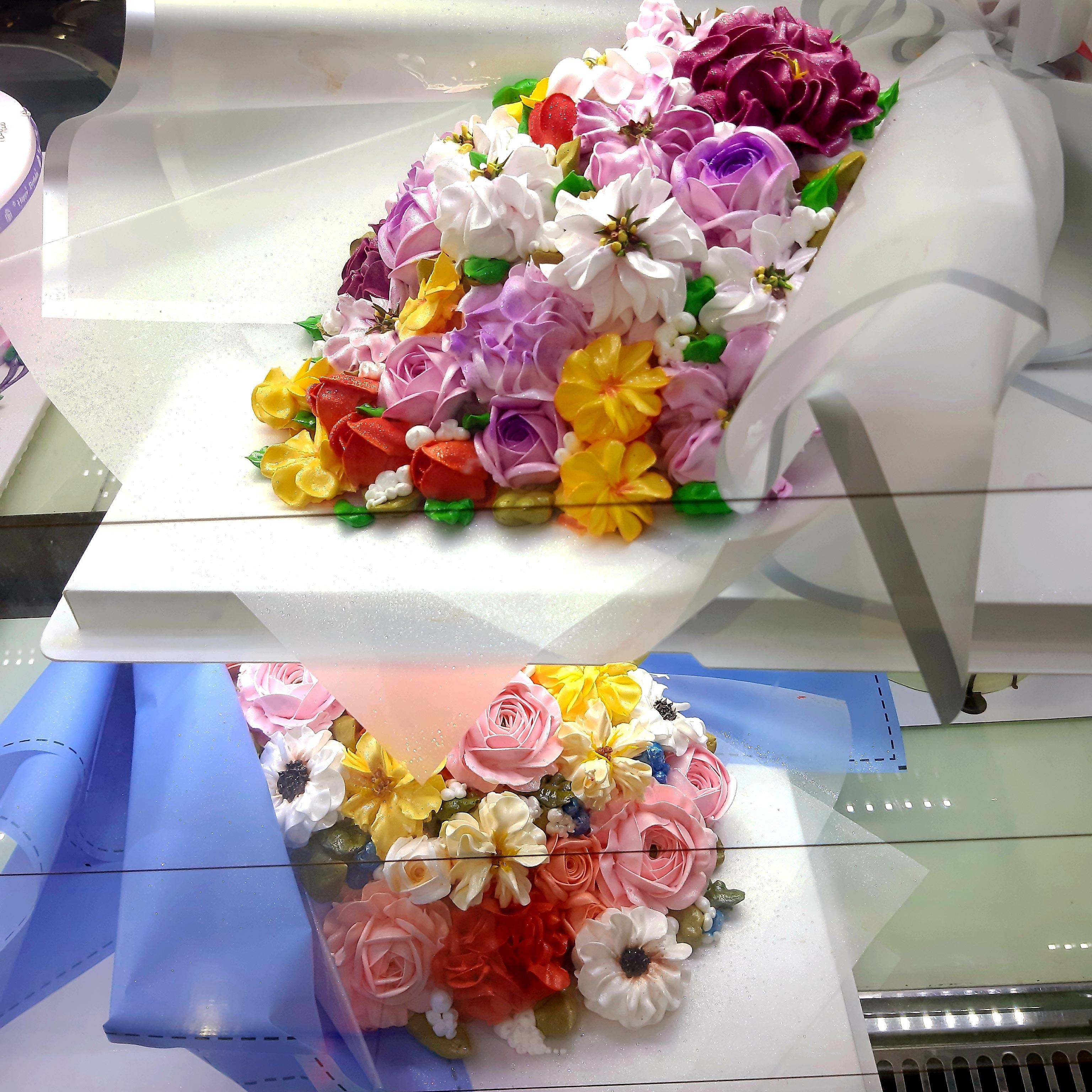 Bánh kem bó hoa- đang có chương trình giảm giá 40% còn 660.000đ